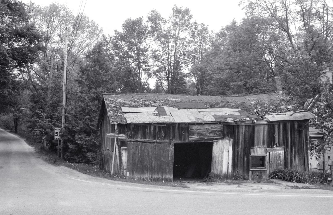 Rough Barn in Mono Cliffs_